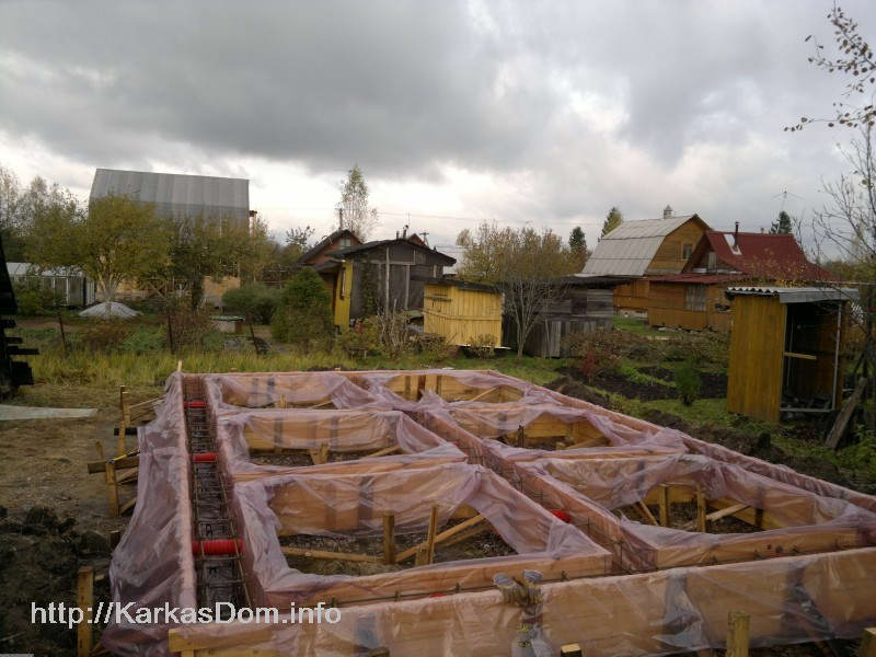 Как построить деревянный дом своими руками от фундамента до крыши 21
